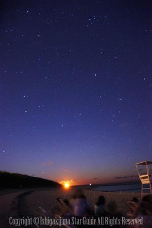 石垣島の月の出
