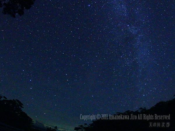 石垣島で見る北斗七星と北極星とカシオペア座
